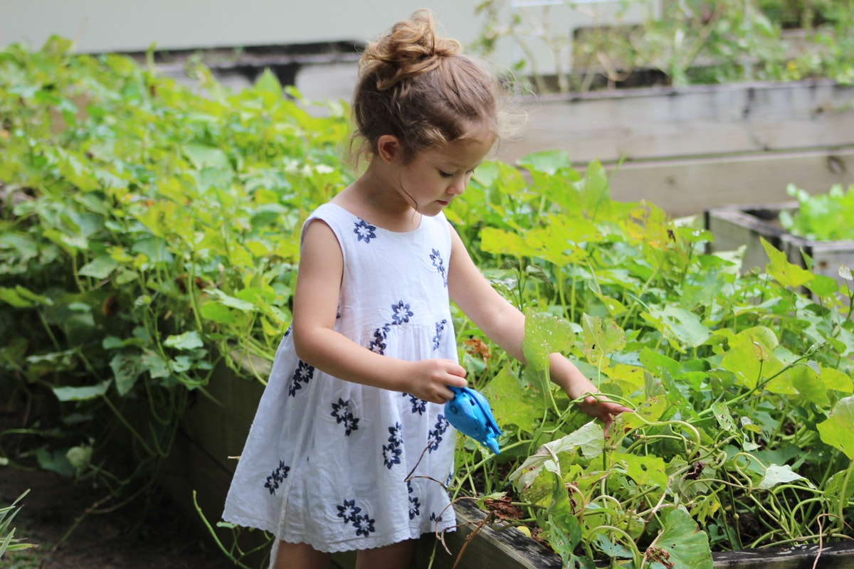 Four Ways to Encourage Your Children to Take Care of the Planet