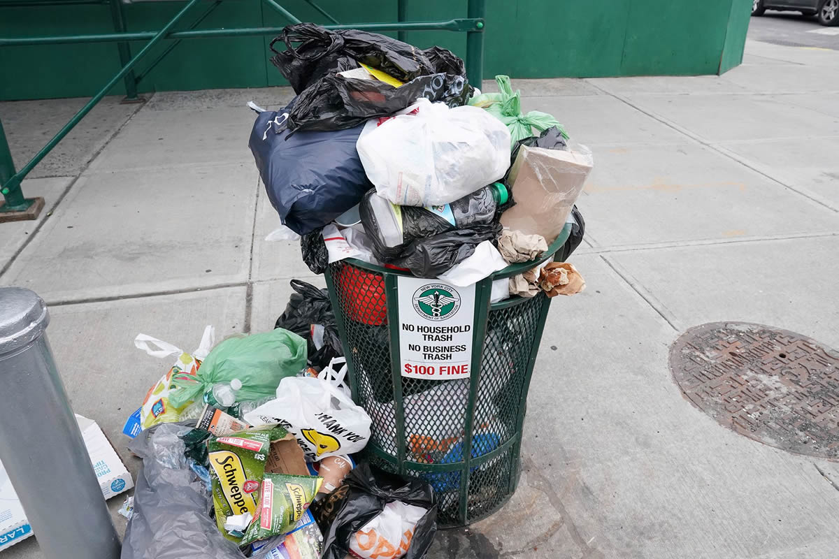 Three Negative Effects our Trash Has on the Environment