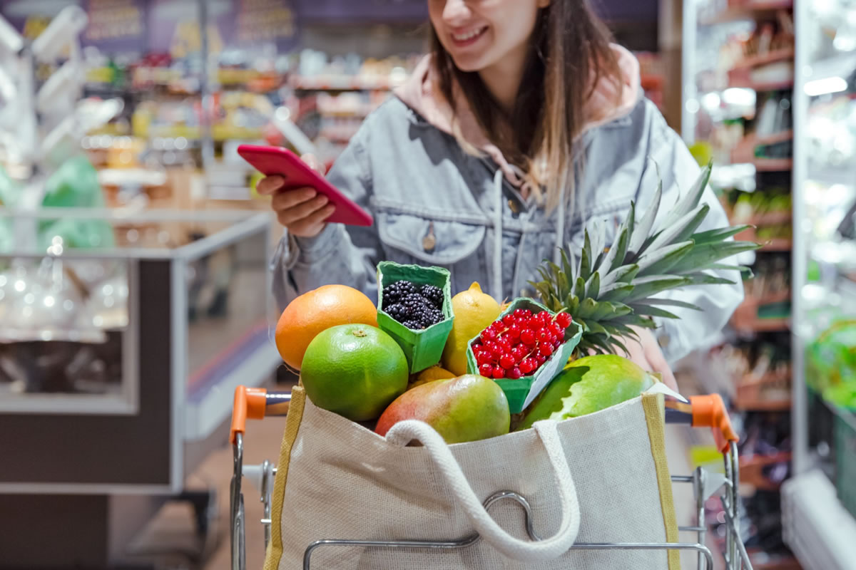 Five Ways to Reduce Waste When Grocery Shopping