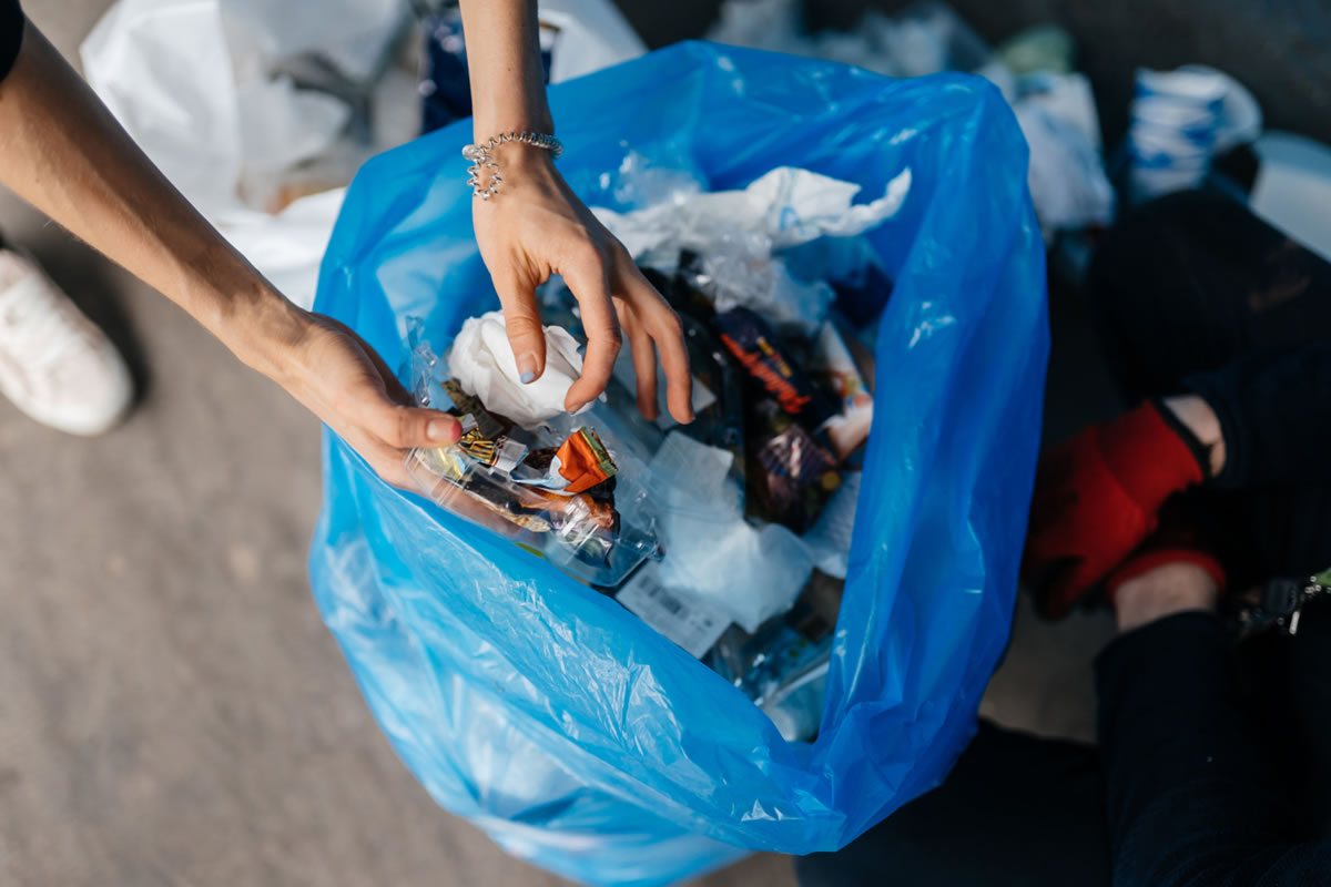 Six Ways to Reduce Plastic Waste in Your Home